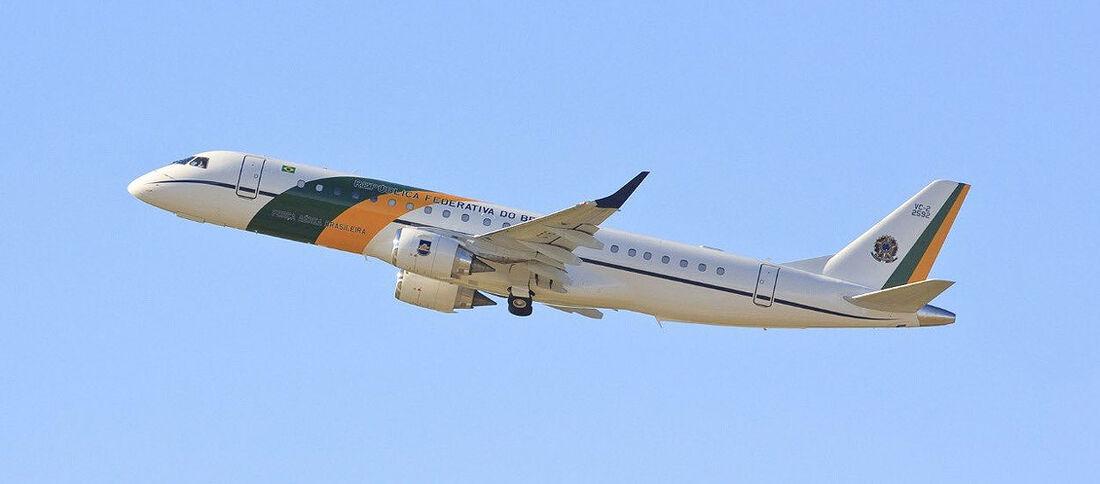 [1250] Avião da FAB
