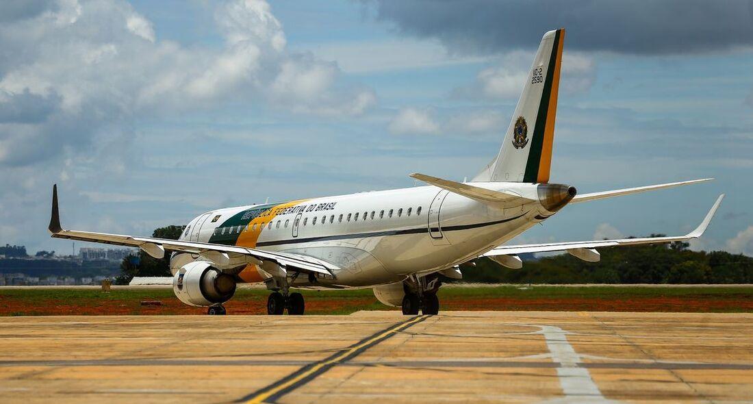 Desembarque dos brasileiros vindos da China ocorreu na manhã deste domingo (9)