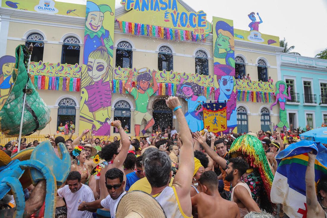 Artista do cenário local e nacional animam a folia em Olinda