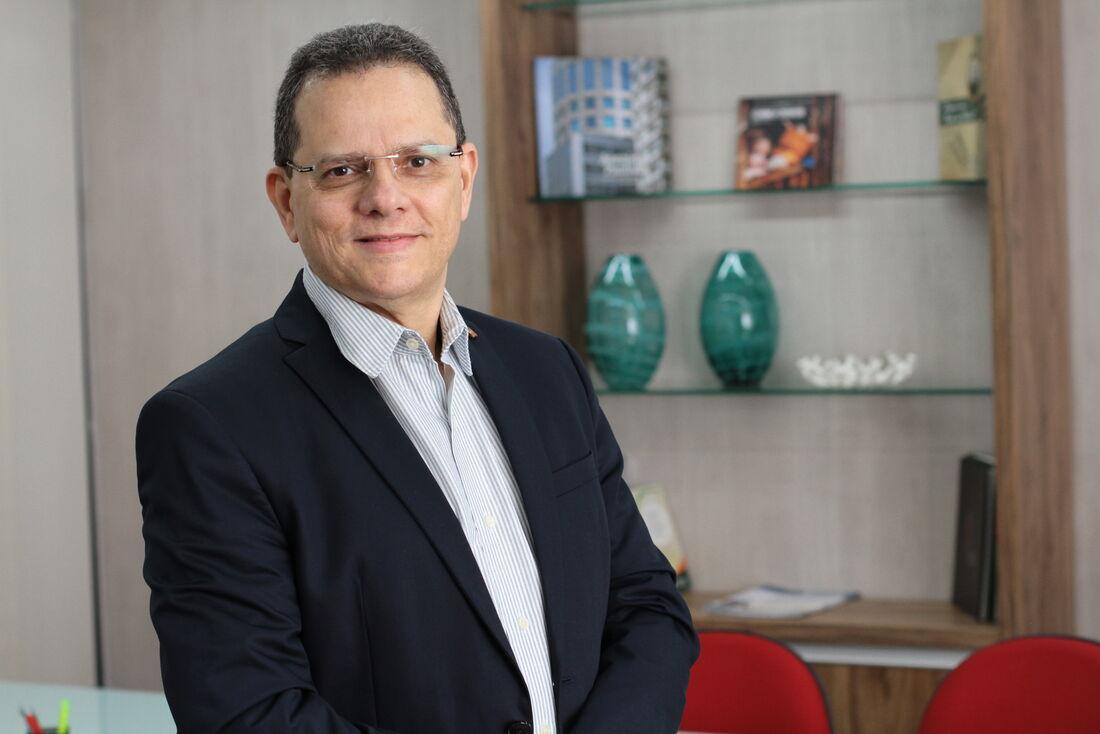 Diretor de Administração do Banco do Nordeste, Cláudio Luiz Freire Lima