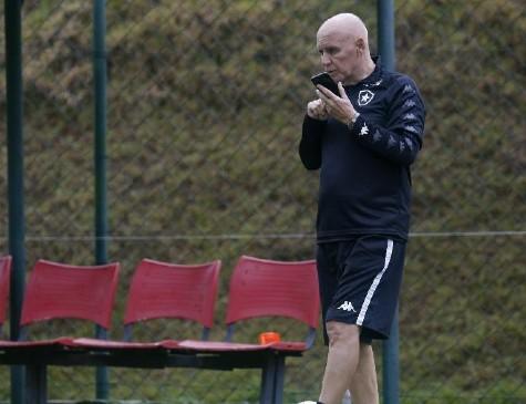 Espinosa ocupava cargo no Botafogo (RJ)