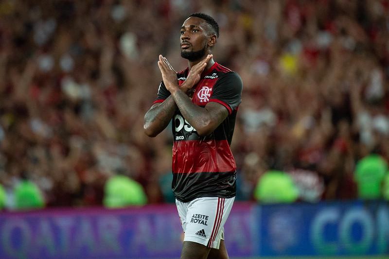 Gerson celebra mais uma conquista do Flamengo