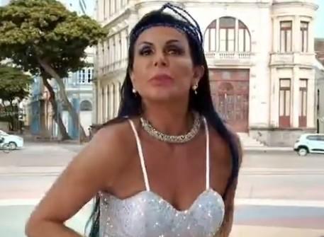 Gretchen se apresenta nesta quinta (20) na Praça do Arsenal, Bairro do Recife