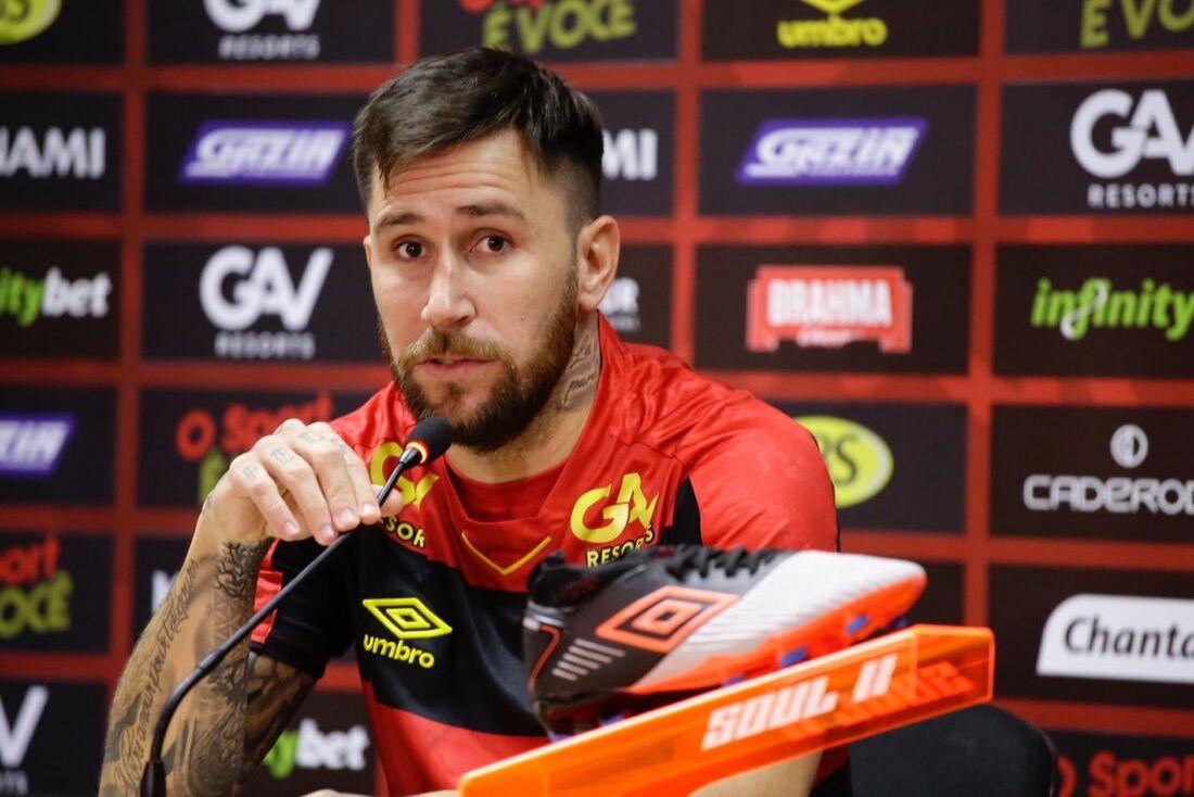 Jonatan Gomez, meia do Sport