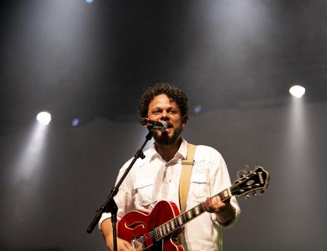 Marcos Almeida, músico mineiro