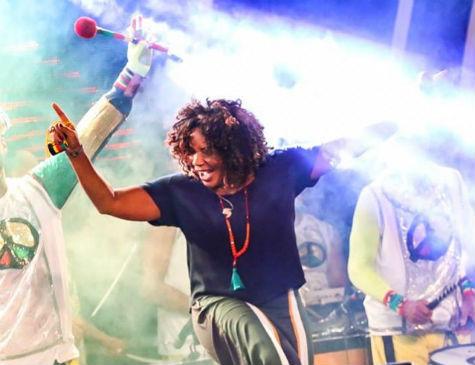 Margareth Menezes é atração no Baile Municipal do Recife