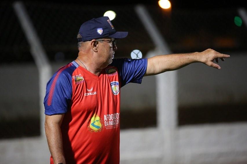 Pedro Manta, técnico do Afogados