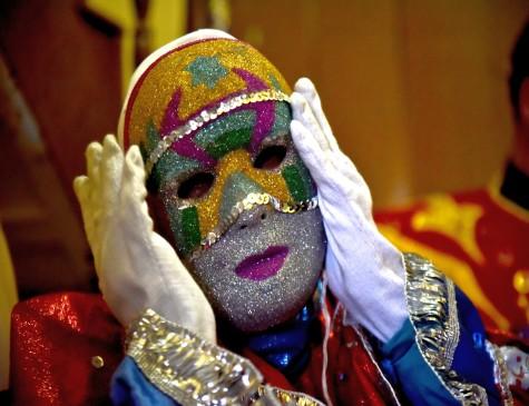 Máscaras são comuns em tradições como a dos papangus, em Bezerros