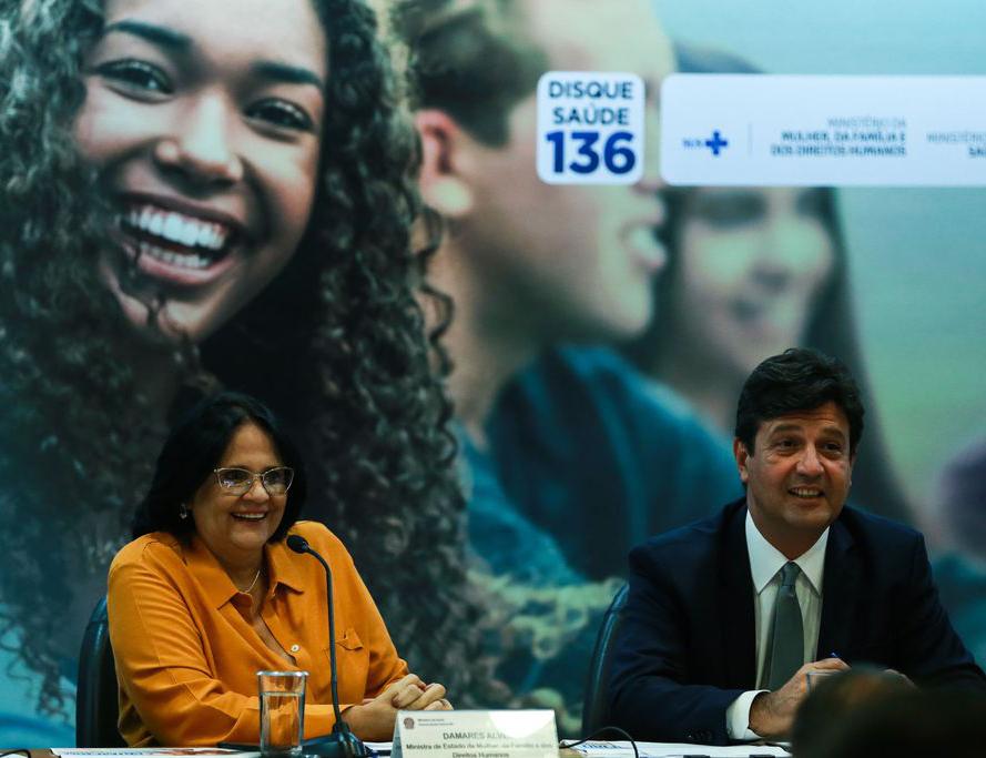 Damares Alves e oLuiz Henrique Mandetta, lançam a Campanha Nacional de Prevenção à Gravidez na Adolescência