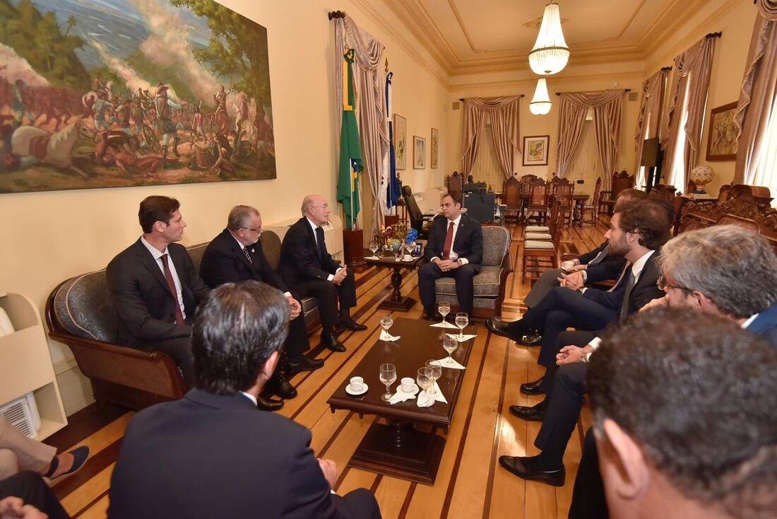 Reunião da diretoria da AENA, com o Governador Paulo Câmara