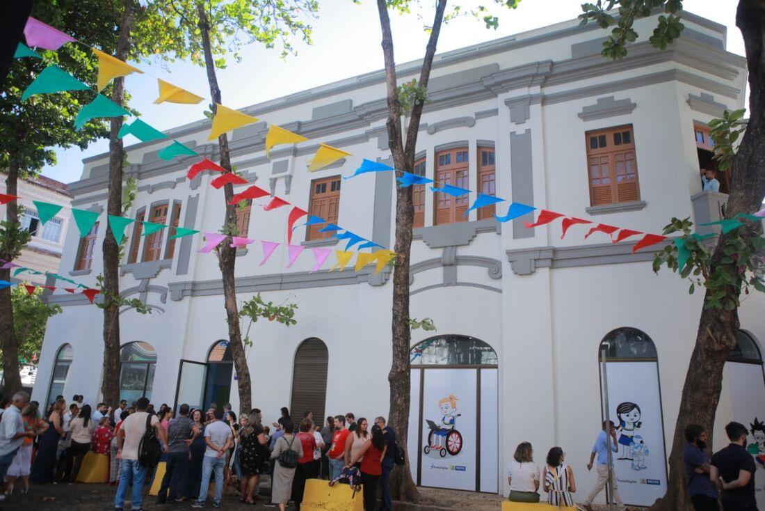 Inauguração do Restaurante Popular, no bairro de Santo Amaro