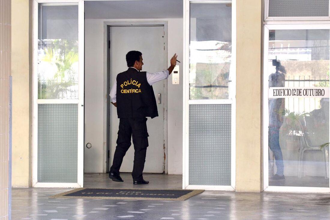Mulher de 58 anos morre ao cair no fosso do elevador do edifício onde morava, no bairro das Graças