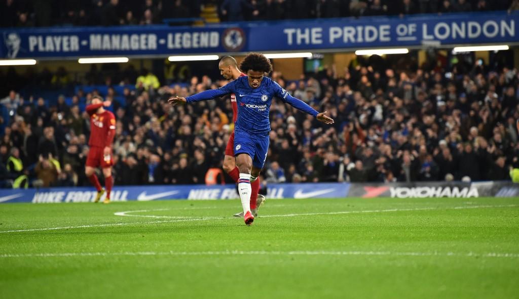 Willian fez o primeiro gol da classificação do Chelsea