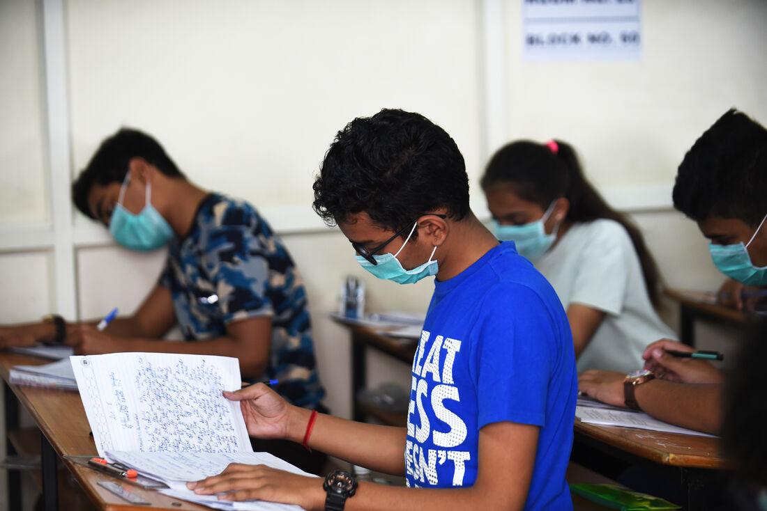 Coronavírus fecha escolas e universidades em diversos países