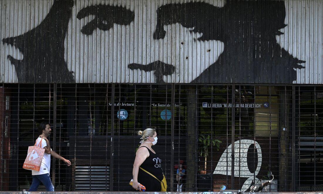 Argentina enfrenta a pandemia do coronavírus