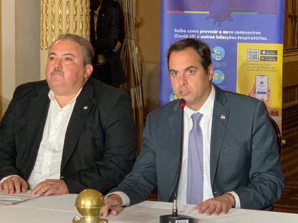 Governador do Estado, Paulo Câmara, e o Secretário da Saúde, André Longo