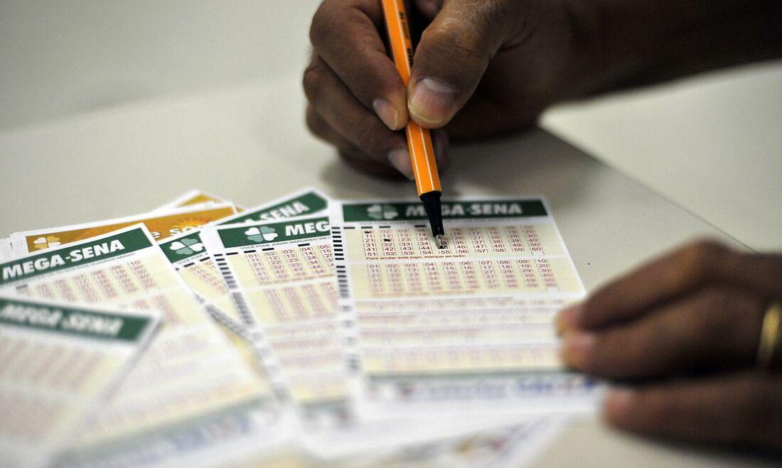 As dezenas serão sorteadas às 20h no Espaço Loterias Caixa em SP