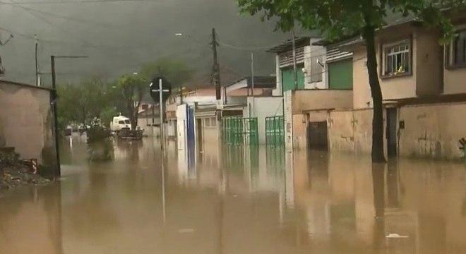 Chuvas na Baixada Santista