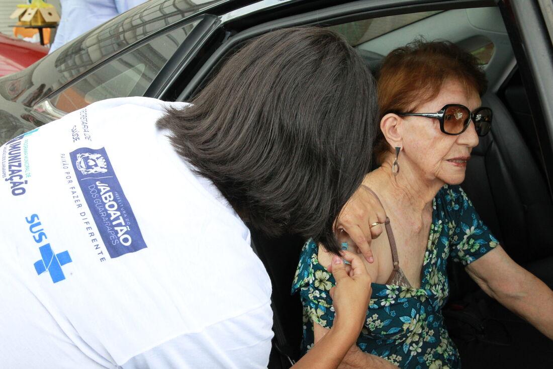 Vacinação contra gripe em Jaboatão dos Guararapes