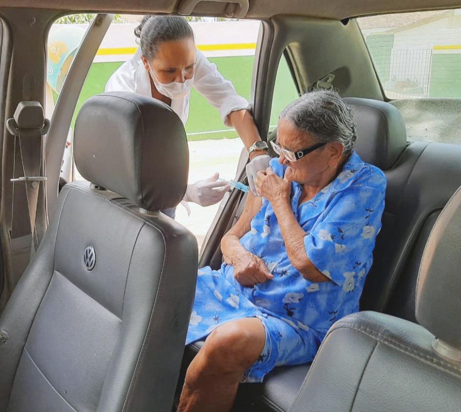 Pesquisadores de todo o mundo buscam a vacina contra o novo coronavírus