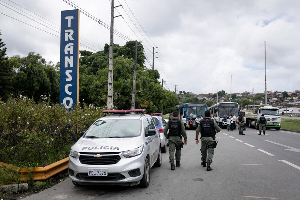 Protesto de rodoviários demitidos pela empresa Transcol
