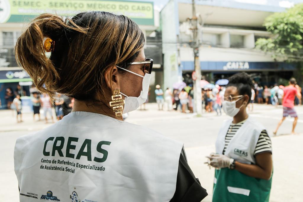 Ações de inclusão de moradores de rua no Cabo
