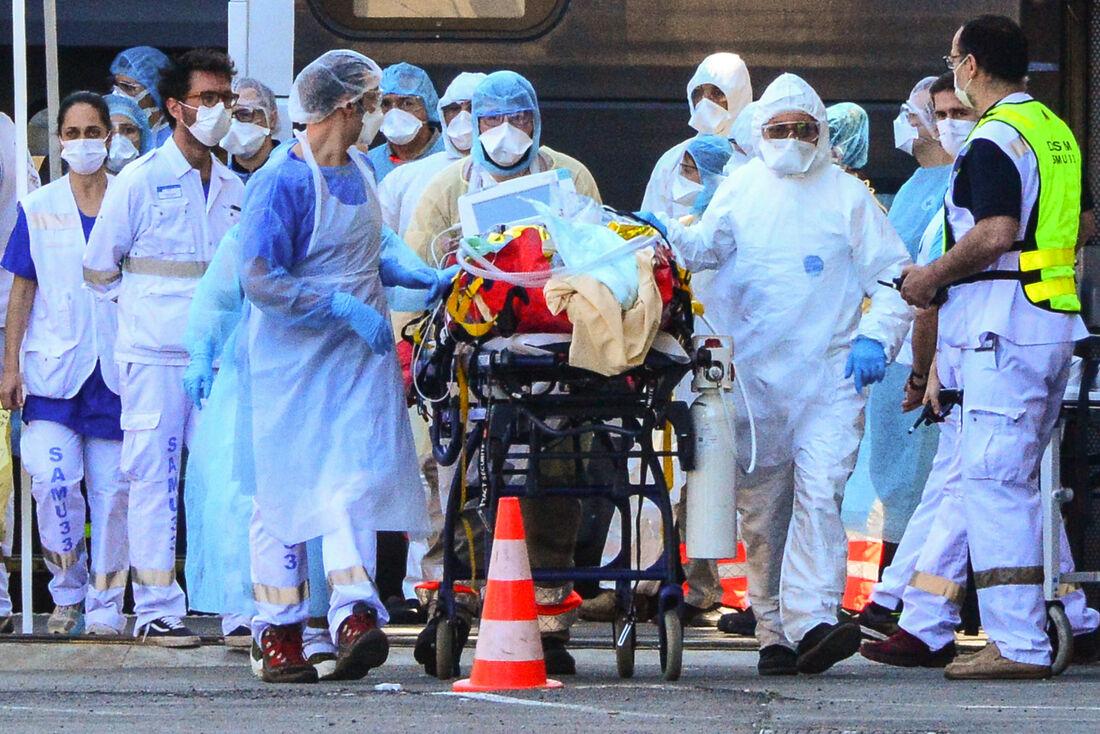 Aumenta o número de mortes por coronavírus no mundo