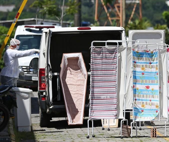 Manaus sofre com aumento do número de mortes pela covid-19