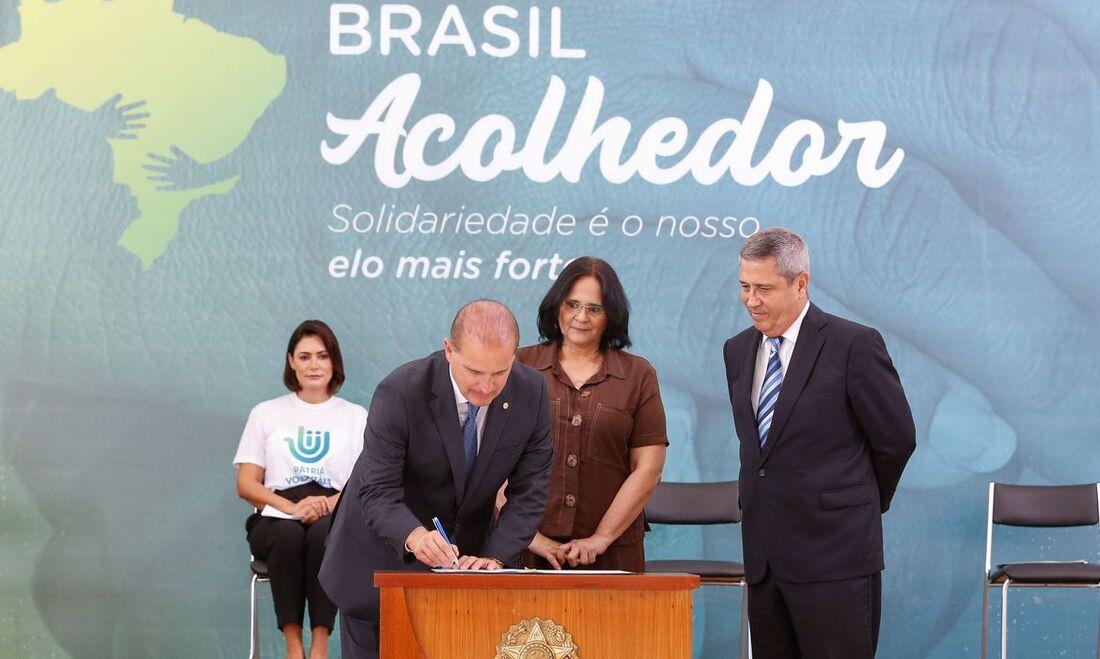 "Programa ""Brasil Acolhedor"""
