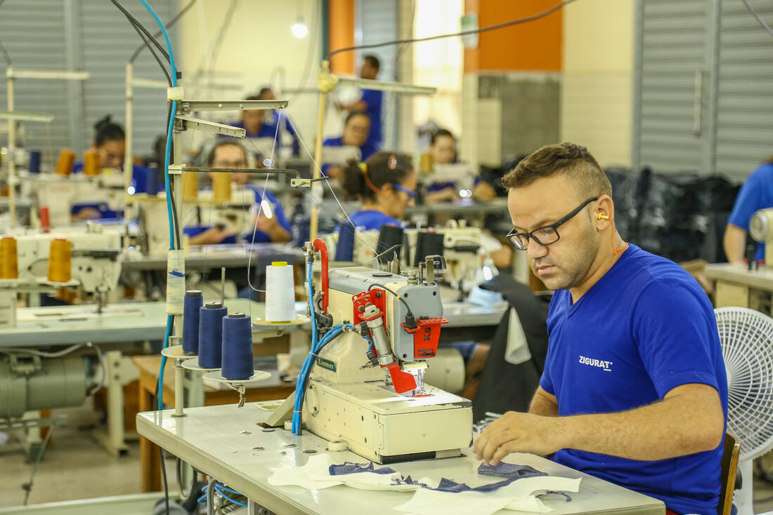 Durante a pandemia da Covid-19, Governo de Pernambuco vai incentivar polo têxtil a produzir EPIs para profissionais de saúde