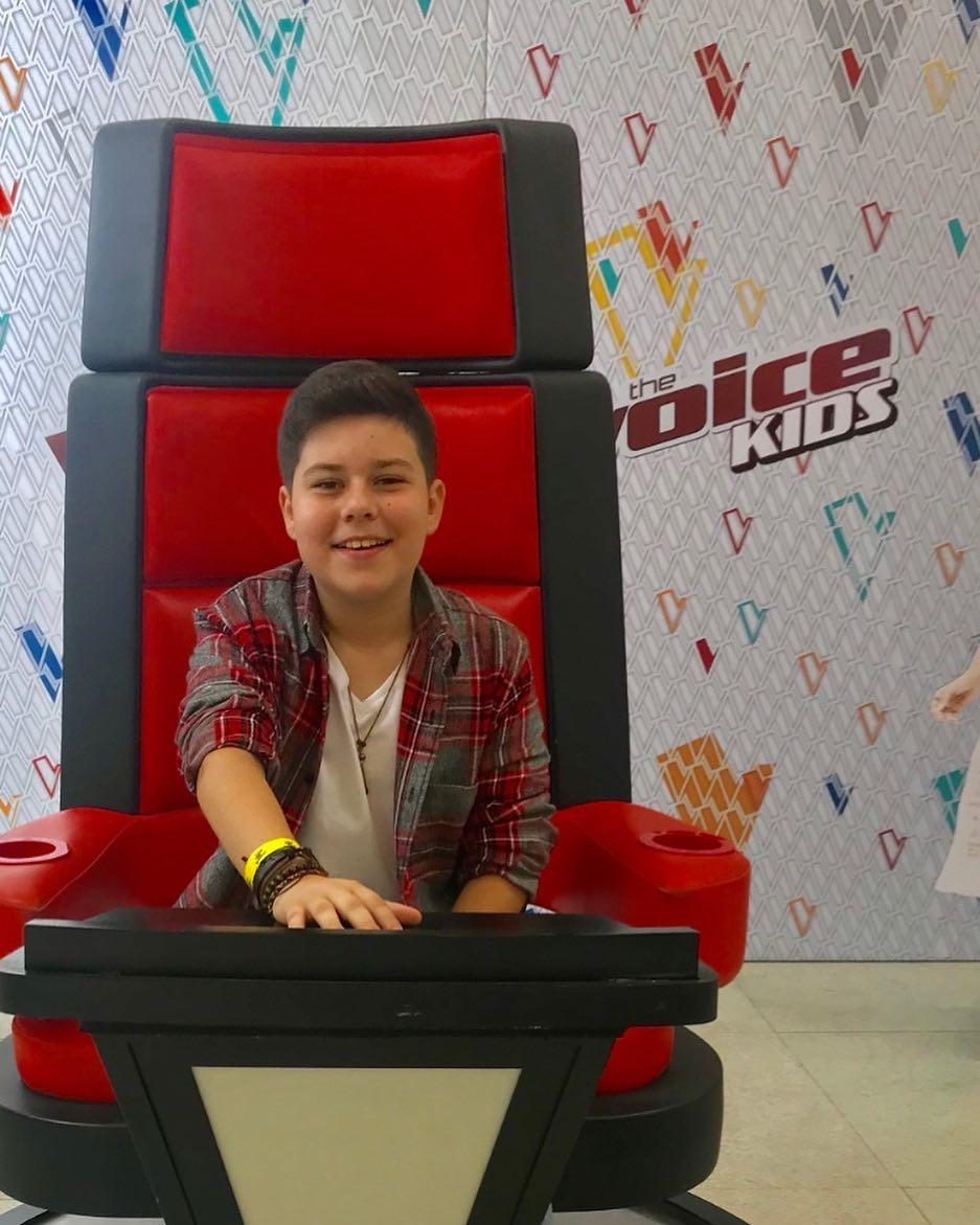 Tuca Almeida, ex-participante do The Voice Kids