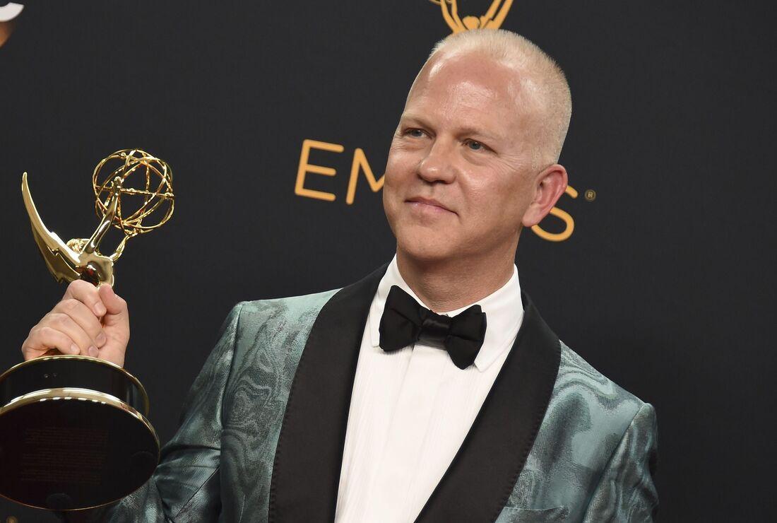 Ryan Murphy é jornalista, escritor e produtor, tendo assinado contrato com a Netflix pelos próximos cinco anos