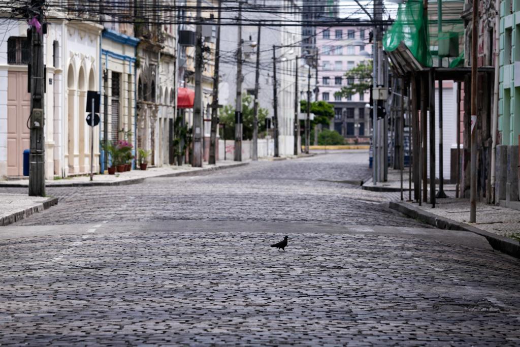Rua vazia durante a pandemia do coronavírus