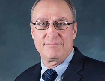 Robert Ross, PhD em ciência política pela Universidade Columbia
