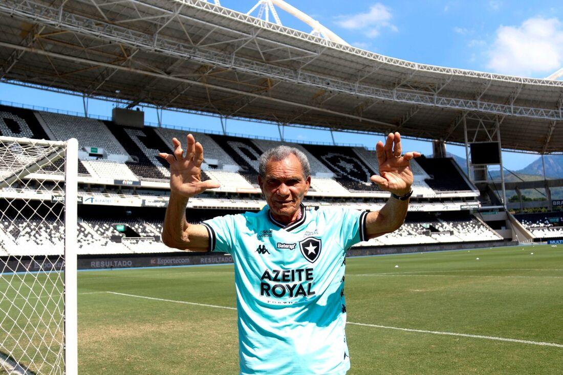 Manga, ex-goleiro de Sport e Botafogo