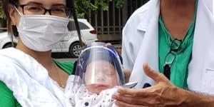 Protetor facial para bebê