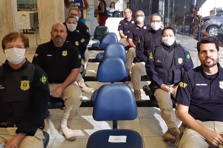 Policiais da PRF no Hemope