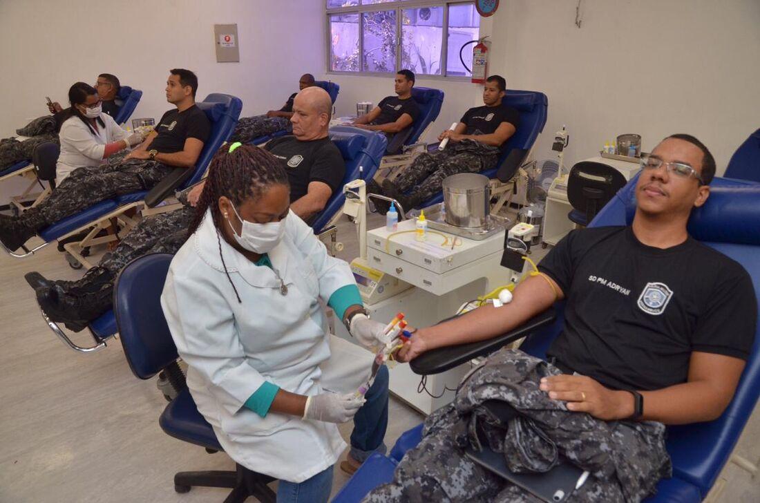 PM-PE lança campanha de doação de sangue ao Hemope