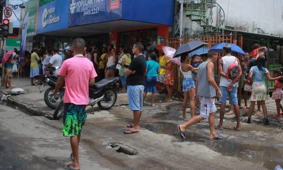 Movimentação nas ruas de Beberibe, zona norte do Recife