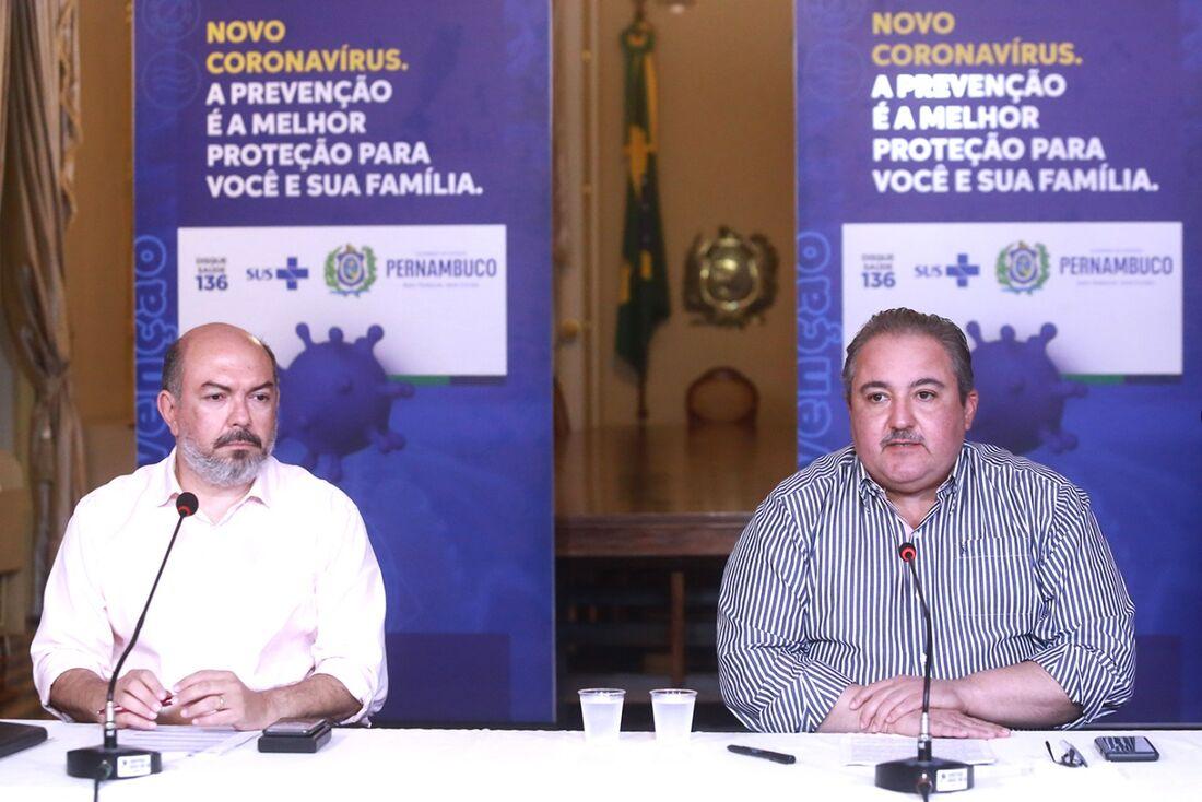 Secretário de Saúde do Recife, Jailson Correia e secretário de Saúde do Estado, André Longo