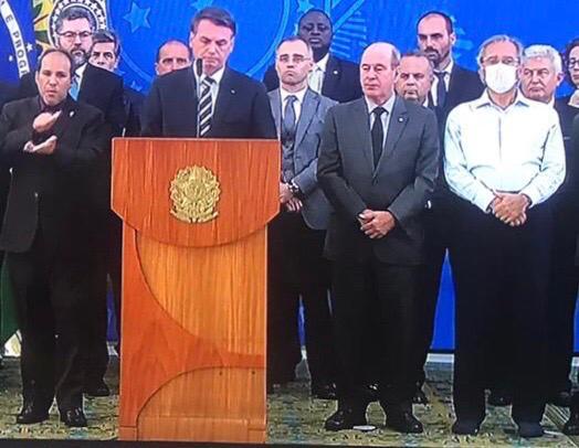 Paulo Guedes em pronunciamento de Bolsonaro