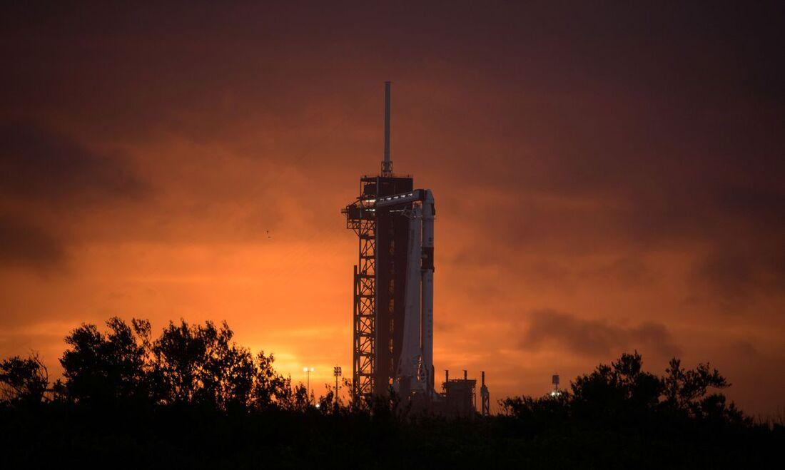 """A missão, chamada Demo-2, será também """"o primeiro voo em órbita de astronautas norte-americanos"""