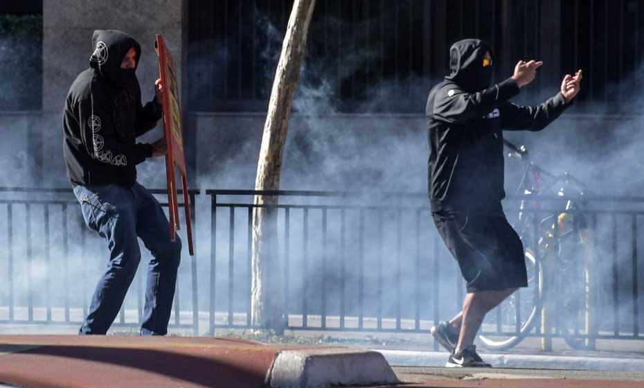 Confusão em atos na Av. Paulista