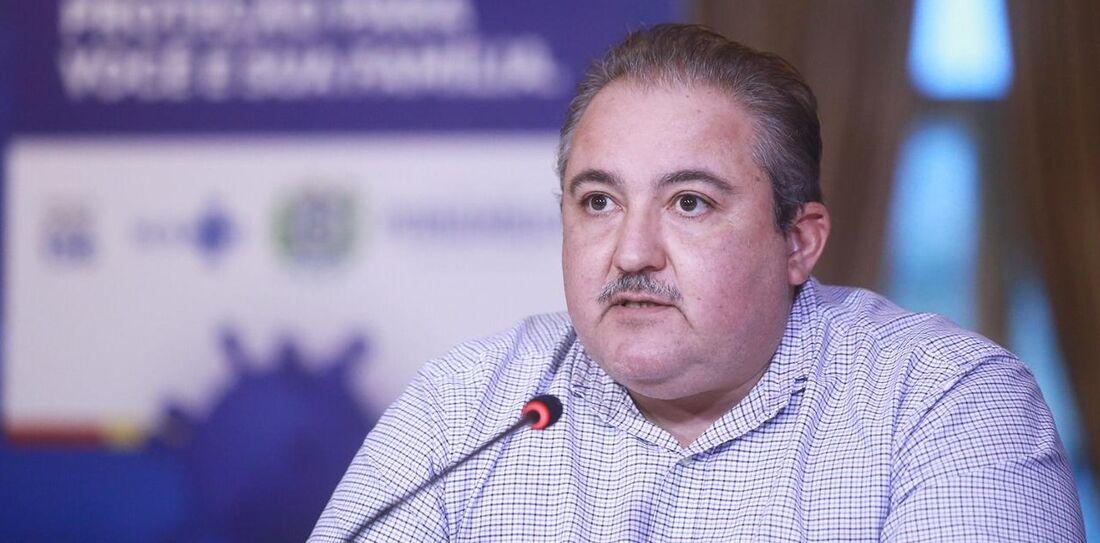 André Longo