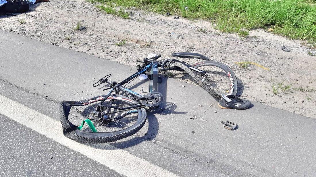 Imagens da bicicleta em que o homem estava