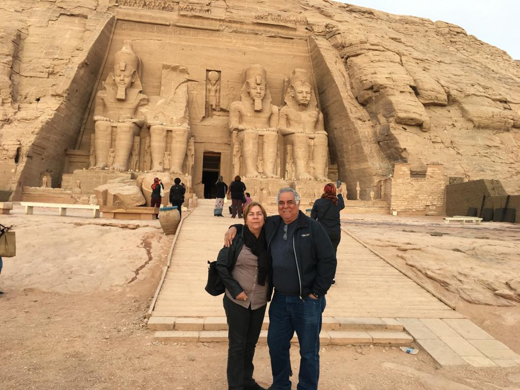 Sylvio e Solange Cavalcanti em viagem ao Egito e à Itália, em fevereiro. Ao retornar ao Brasil, o casal começou a apresentar os sintomas da Covid-19.