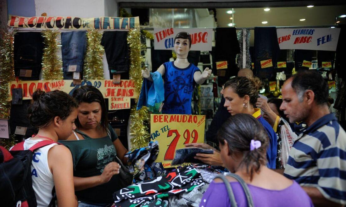 O Brasil encerrou o período com 18.296.851 empresas ativas