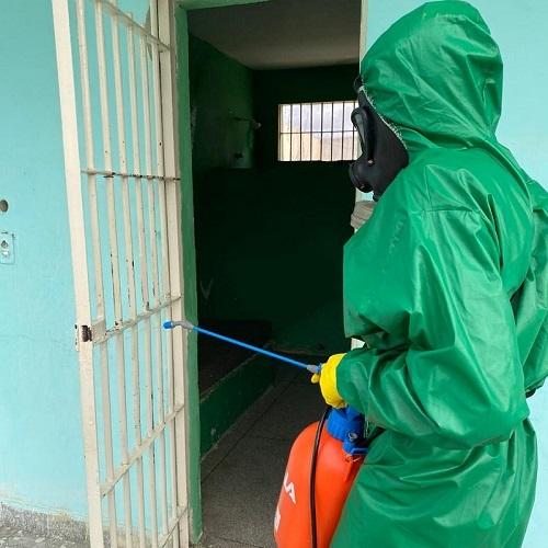 Militares auxiliam na limpeza da Funase em Petrolina