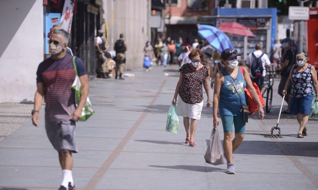 Movimentação no Rio de Janeiro durante pandemia do novo coronavírus.