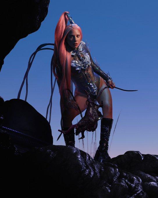 Gaga retorna com o 'Chromatica'